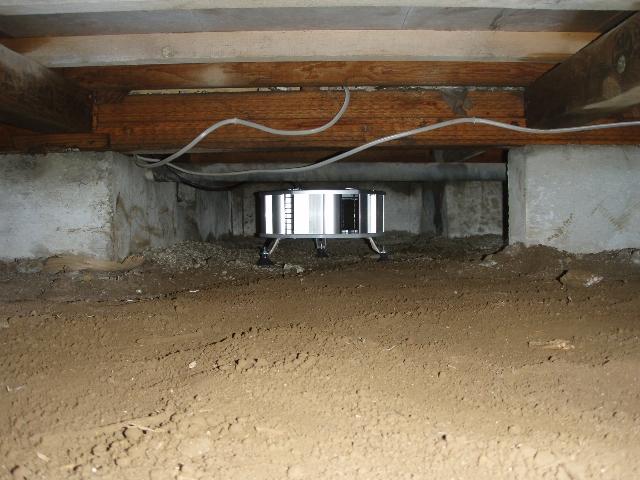 床下から住まいを守る床下換気扇